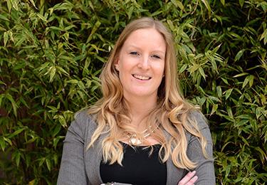 Daphne van der Hoeven - Examensecretaris